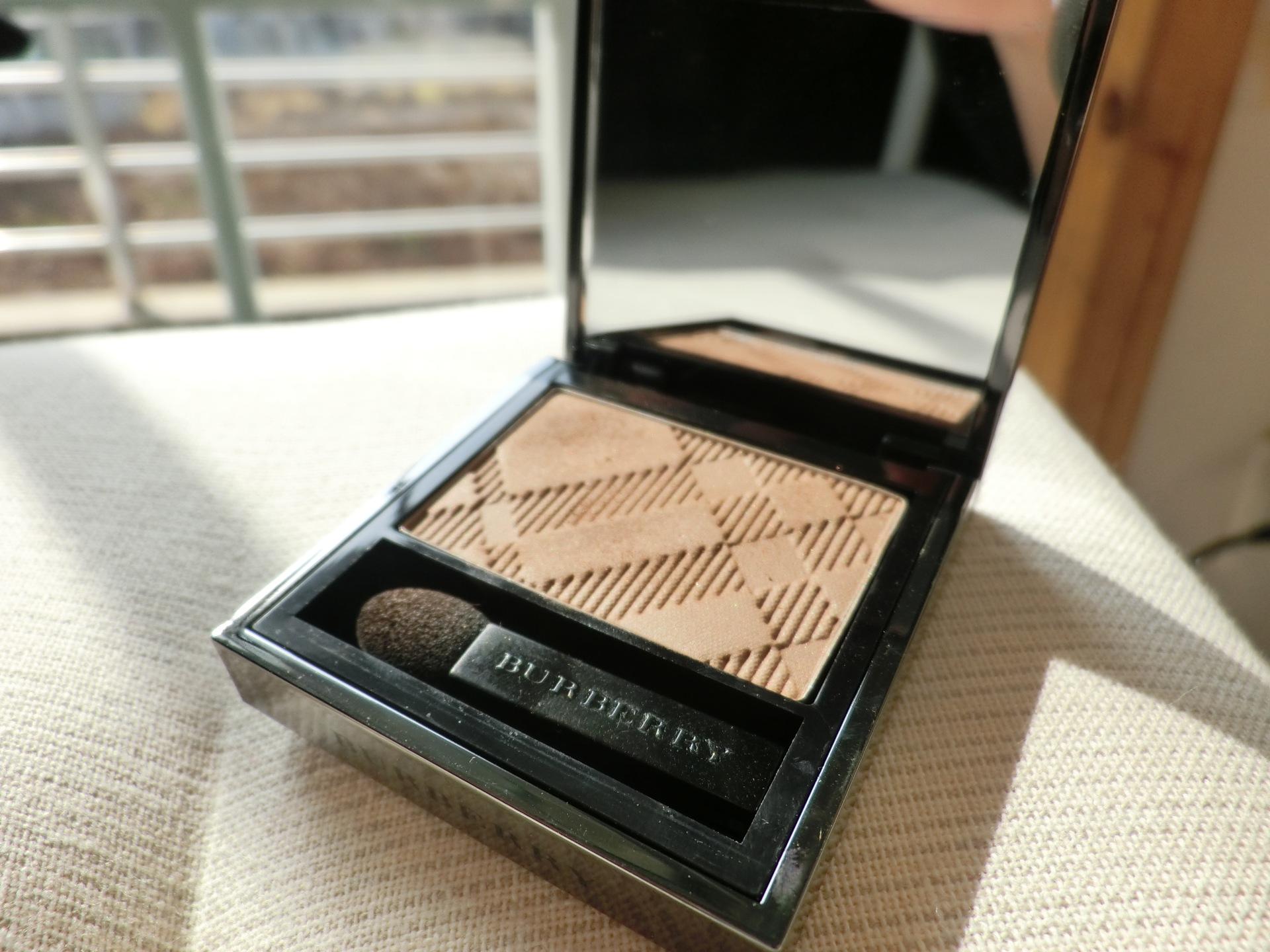 burberry-sheer-eyeshadow