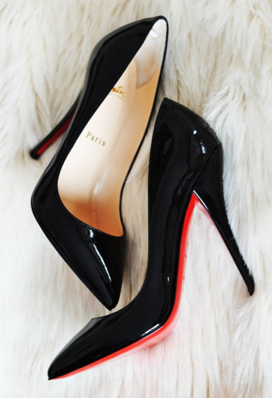 12-quality-item-every-gril-should-have-by-30-loubis