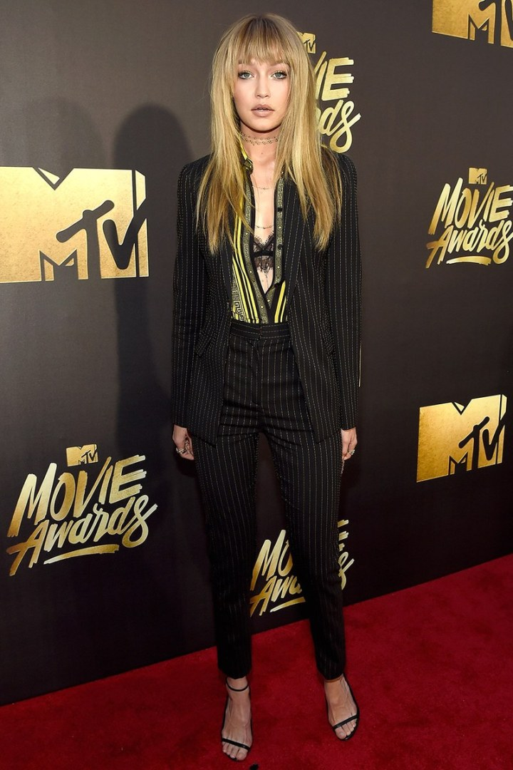 Gigi hadid at mtv award 2016