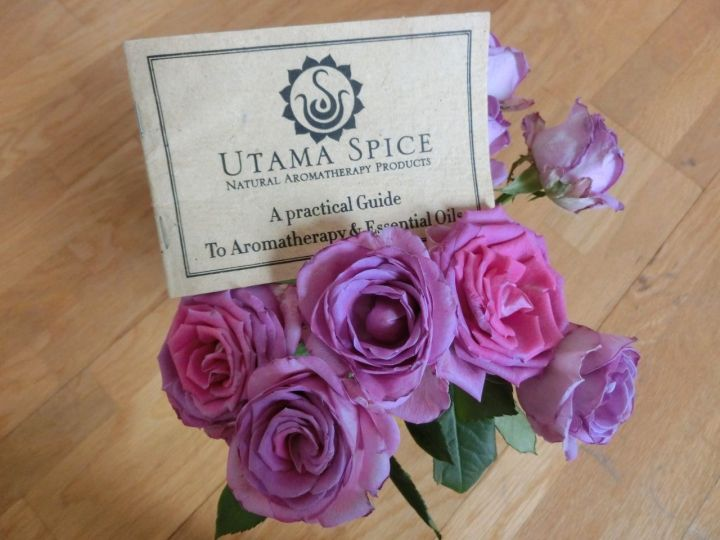 Utama spice aromatherapy booklet