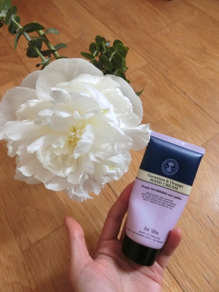 neals yard remedies hand cream
