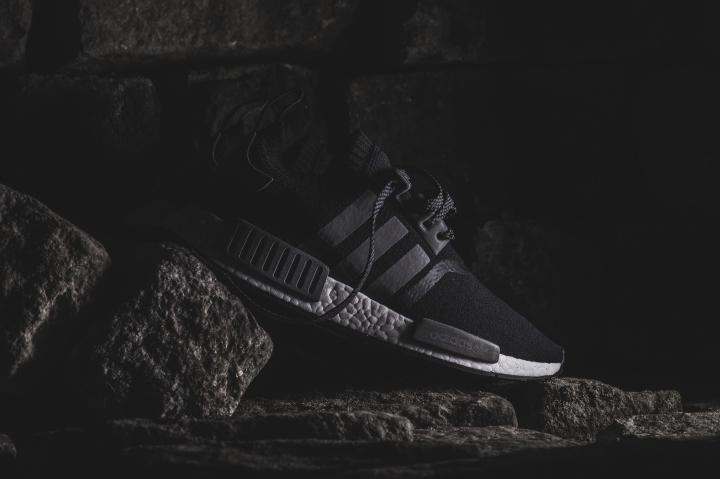 adidas-nmd-r1-black.jpg