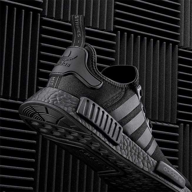 adidas_nmd_triple_black_2