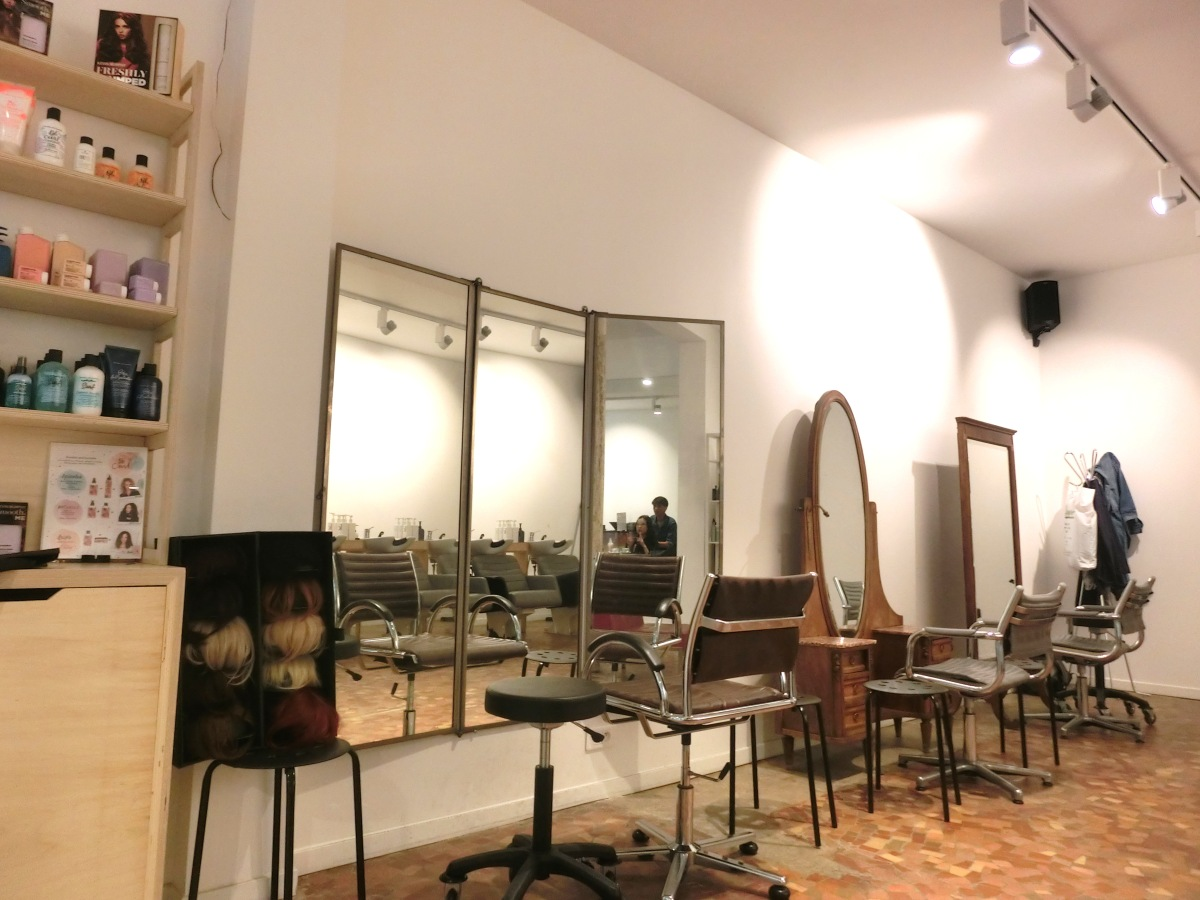 Where to get your hair done in Paris - with really good stylist who speaks English!