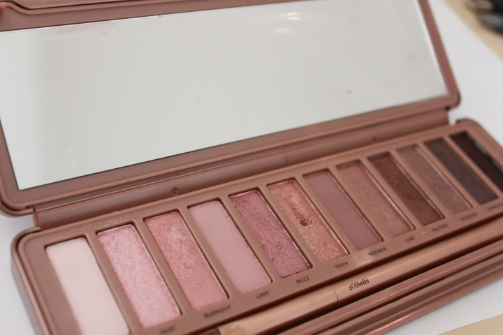 urban decay naked 3 pink shadows review.JPG