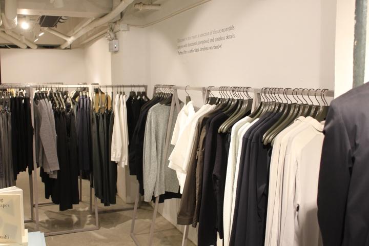 cos minimalist clothing